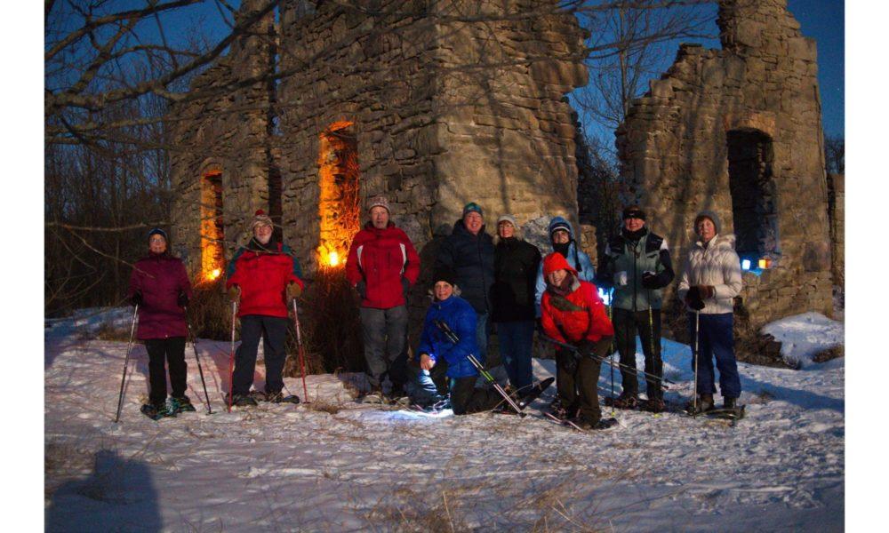 Evening snowshoe (February)