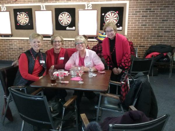 (Darts) ladies in RED