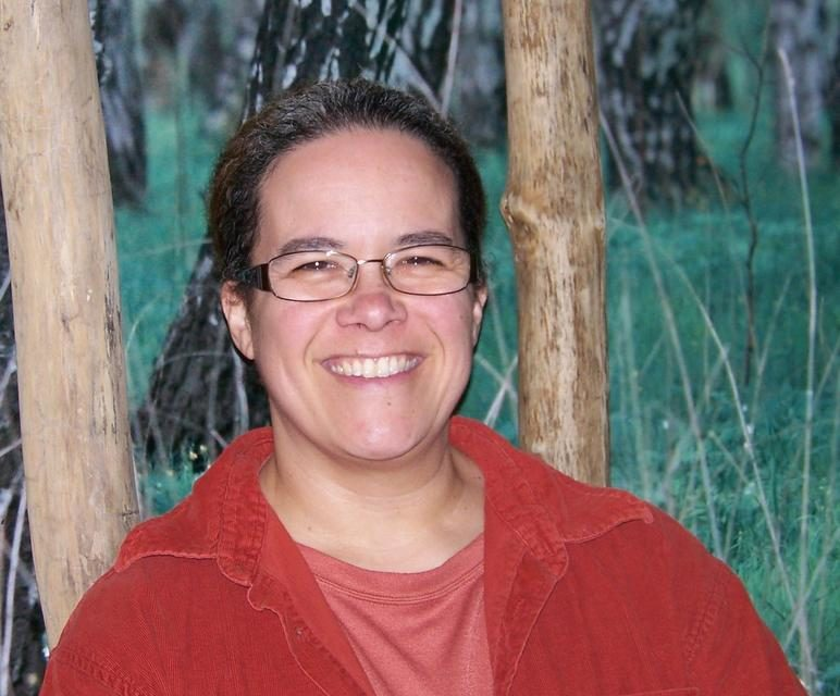 Dr Amy E. Barron