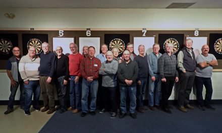 Mens Xmas Darts – Partying with a Point!